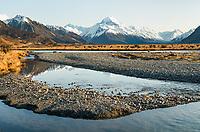 Aoraki Mount Cook, highest mountain of Southern Alps, 3,724m, Aoraki, Mount Cook National Park, UNESCO World Heritage Area, Mackenzie Country, South Island, New Zealand, NZ