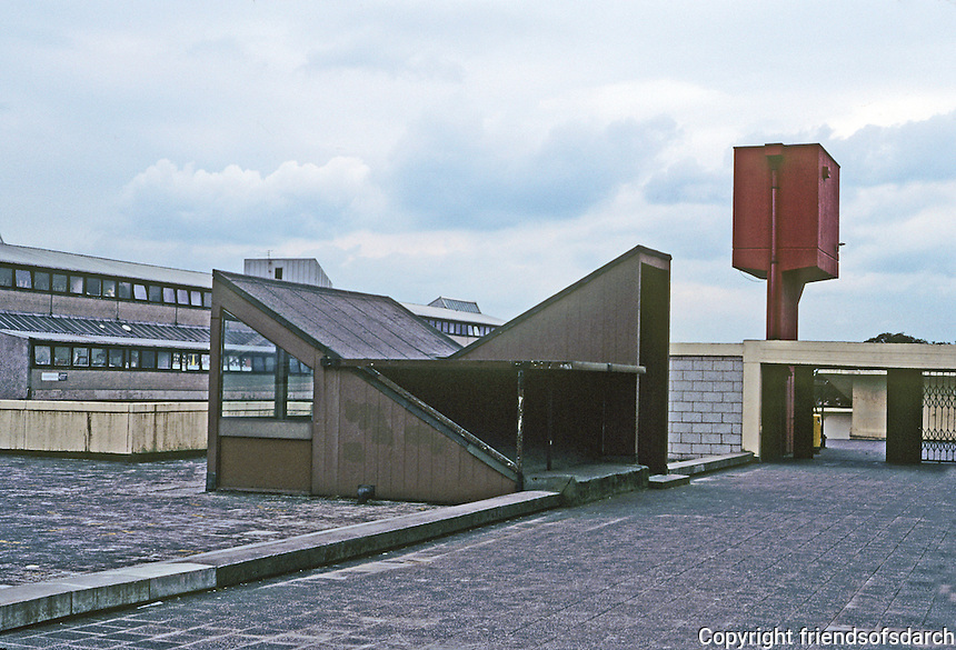 Cumbernauld: Megastructure Roof--detail. Photo '90.