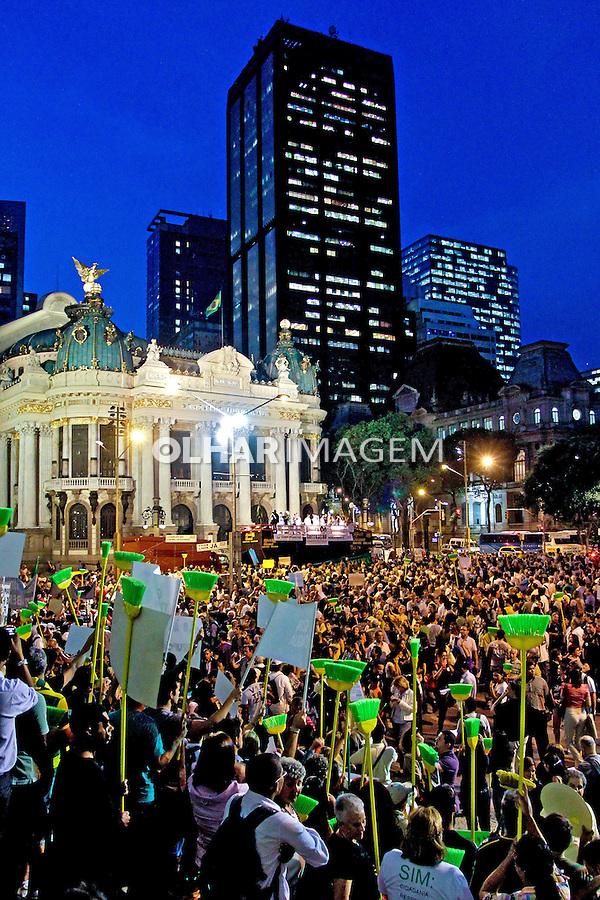 Manifestacao Todos Juntos Contra a Corrupcao, Cinelandia, Rio de Janeiro. 2011. Foto de Bruna Prado.