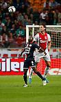 Nederland, Amsterdam, 15 augustus 2015<br /> Eredivisie<br /> Seizoen 2015-2016<br /> Ajax-Willem ll (3-0)<br /> Mitchell Dijks (r.) van Ajax en Lesly de Sa van Willem ll strijden in een kopduel om de bal.
