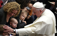 Papa Francesco benedice un bambino al termine dell'udienza Generale del mercoledi' in aula Paolo VI in Vaticano, 9 gennaio 2019.<br /> Pope Francis blesses a child at the end of his weekly general audience in Paul VI Hall at the Vatican, on January, 2019.<br /> UPDATE IMAGES PRESS/Isabella Bonotto<br /> <br /> STRICTLY ONLY FOR EDITORIAL USE