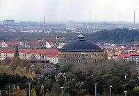 Stadtansichten 2009 - Blick / Luftaufnahme vom Völkerschlachtdenkmal - Panometer (Gasometer) in dem sich das Panoramabild von Yadegar Asisi befindet - Mount Everest, Rom und nun Amazonien. Foto: Norman Rembarz..Norman Rembarz , ( ASV-Autorennummer 41043728 ), Holbeinstr. 14, 04229 Leipzig, Tel.: 01794887569, Hypovereinsbank: BLZ: 86020086, KN: 357889472, St.Nr.: 231/261/06432 - Jegliche kommerzielle Nutzung ist honorar- und mehrwertsteuerpflichtig! Persönlichkeitsrechte sind zu wahren. Es wird keine Haftung übernommen bei Verletzung von Rechten Dritter. Autoren-Nennung gem. §13 UrhGes. wird verlangt. Weitergabe an Dritte nur nach  vorheriger Absprache..