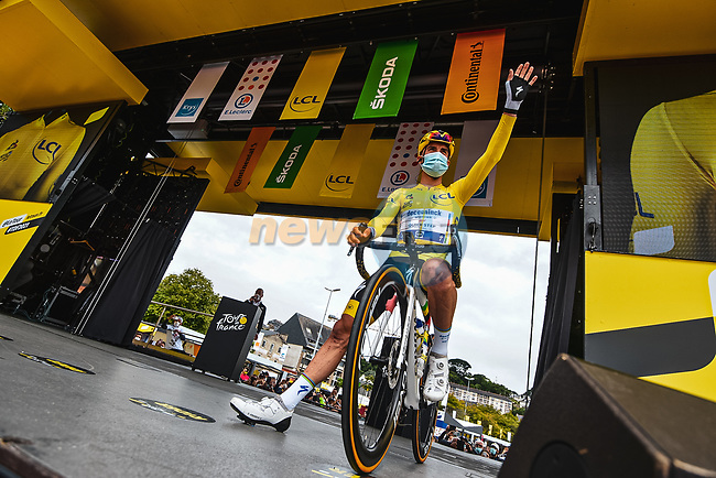 Race leader Yellow Jersey Julian Alaphilippe (FRA) Deceuninck-Quick Step at sign on before Stage 2 of the 2021 Tour de France, running 183.5km from Perros-Guirec to Mur-de-Bretagne Guerledan, France. 27th June 2021.  <br /> Picture: A.S.O./Charly Lopez | Cyclefile<br /> <br /> All photos usage must carry mandatory copyright credit (© Cyclefile | A.S.O./Charly Lopez)
