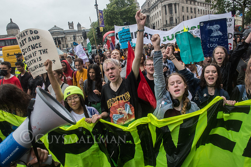 School students stage another strike and march to demand government action on climate change. 19-7-19