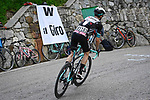 Simon Yates (GBR) Team BikeExchange on his way to victory  during Stage 19 of the 2021 Giro d'Italia, running 176km from Abbiategrasso to Alpe Di Mera (Valsesia), Italy. 28th May 2021.  <br /> Picture: LaPresse/Fabio Ferrari | Cyclefile<br /> <br /> All photos usage must carry mandatory copyright credit (© Cyclefile | LaPresse/Fabio Ferrari)