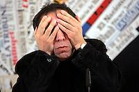 Il regista iraniano Mohsen Makhmalbaf tiene una conferenza stampa sulle recenti elezioni iraniane alla sede dell'Associazione della Stampa Estera in Italia, a Roma, 23 giugno 2009..Iranian movie director Mohsen Makhmalbaf gives a press conference on the recent elections in his home country, at the Foreign Press Association in Rome, 23 june 2009. Makhmalbaf told that that the Iranian people is left blind, deaf and voiceless..UPDATE IMAGES PRESS/Riccardo De Luca