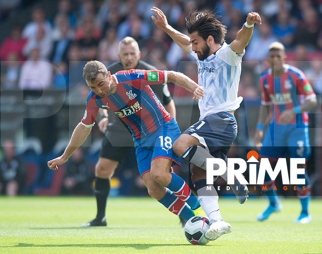 Everton Andre Gomes and Crystal Palace James McArthur during the Premier League match between Crystal Palace and Everton at Selhurst Park, London, England on 10 August 2019. Photo by Andrew Aleksiejczuk / PRiME Media Images.