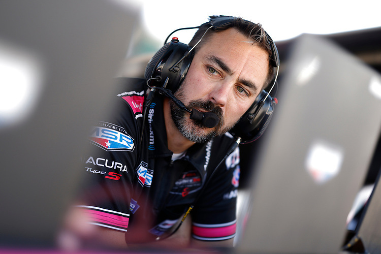 #60: Meyer Shank Racing w/Curb-Agajanian Acura DPi, DPi: Olivier Pla, Dane Cameron, engineer