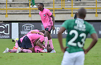 TUNJA -COLOMBIA, 02-04-2016. Jugadores de Boyacá Chicó FC delebran después de anotar un gol a Deportivo Cali durante partido por la fecha 11 Liga Águila I 2016 realizado en el estadio La Independencia en Tunja. / Players of Boyaca Chico FC celebrate after scoring a goal to Deportivo Cali during match for the date 11 of Aguila League I 2016 played at La Independencia stadium in Tunja. Photo: VizzorImage/César Melgarejo/Cont