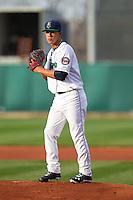 Cedar Rapids Kernels pitcher Jose Berrios #44 pitches during a game against the Lansing Lugnuts at Veterans Memorial Stadium on April 29, 2013 in Cedar Rapids, Iowa. (Brace Hemmelgarn/Four Seam Images)