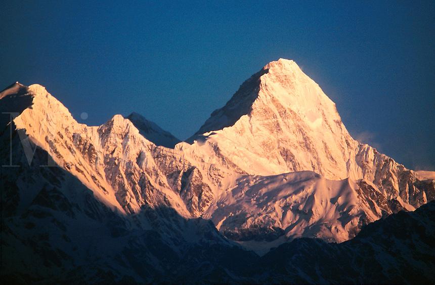 .Sunrise light on the peak Himalchuli in the Manaslu Himal, west-central Nepal...