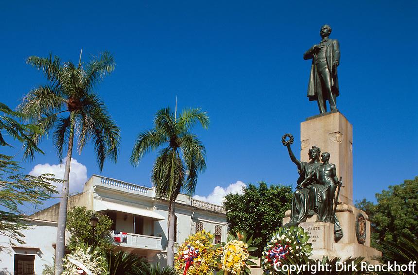 Dominikanische Republik, Denkmal von Pablo Duarte an der Plaza Duarte in Santo Domingo