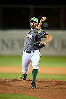 Daytona Tortugas relief pitcher Ryan Hendrix (21) delivers a pitch during a game against the Jupiter Hammerheads on April 13, 2018 at Jackie Robinson Ballpark in Daytona Beach, Florida.  Daytona defeated Jupiter 9-3.  (Mike Janes/Four Seam Images)