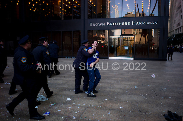 New York, New York<br /> February 7, 2012<br /> <br /> An overbearing NYC police presence was the only problem to contend with, even after the parade.