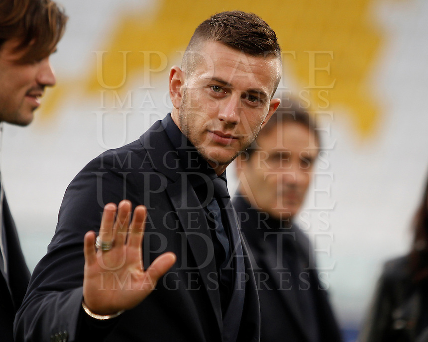 Italy's Federico Bernardeschi inspects the pitch of the Juventus Stadium, ahead of the FIFA World Cup 2018 qualification match against Spain, in Turin, 5 October 2016.<br /> <br /> <br /> UPDATE IMAGES PRESS/Isabella Bonotto