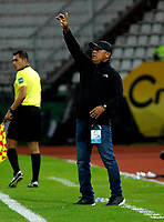 MANIZALES-COLOMBIA, 29-10-2019: Carlos Silva, técnico de Unión Magdalena, durante partido de la fecha 20 entre Once Caldas y Unión Magdalena, por la Liga de Águila II 2019 en el estadio Palogrande en la ciudad de Manizales. / Carlos Silva, coach of Union Magdalena,  during a match of the 20th date between Once Caldas and Union Magdalena, for the Aguila Leguaje II 2019 at the Palogrande stadium in Manizales city. Photo: VizzorImage  / Santiago Osorio / Cont.