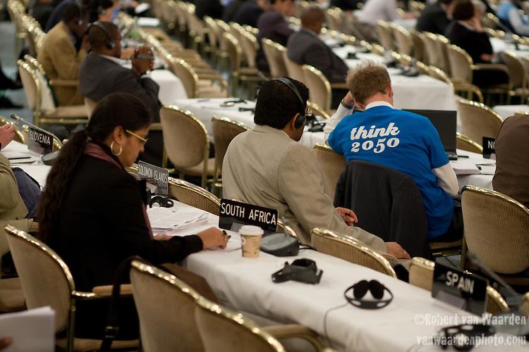Think 2050. Bonn Climate Change talks. (©Robert vanWaarden)