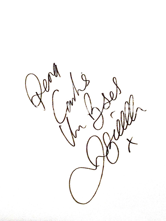 **ALL ROUND PICTURES FROM SOLARPIX.COM**.SYNDICATION RIGHTS FOR UK, CANADA, USA, SOUTH AFRICA, SOUTH AMERICA, DUBAI, AUSTRALIA, NEW ZEALAND, GREECE, ASIA.Carlos San Vicente exhibits his celebrity portraits at the Jose Campos restaurant in Santander in northern Spain. This pic: signature of David Beckham on drawing of David Beckham by Carlos San Vicente...JOB REF:  3575     SPA     DATE:  27.03.07.**MUST CREDIT SOLARPIX.COM OR DOUBLE FEE WILL BE CHARGED* *UNDER NO CIRCUMSTANCES IS THIS IMAGE TO BE REPRODUCED FOR ANY ONLINE EDITION WITHOUT PRIOR PERMISSION*