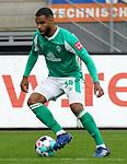 17.10.2020, Schwarzwald Stadion, Freiburg, GER, 1.FBL, SC Freiburg vs SV Werder Bremen<br /><br />im Bild / picture shows<br />Jean Manuel Mbom (Bremen)<br /><br />Foto © nordphoto / Bratic<br /><br />DFL REGULATIONS PROHIBIT ANY USE OF PHOTOGRAPHS AS IMAGE SEQUENCES AND/OR QUASI-VIDEO.