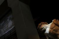 """Ciok ? si gira! Mostra sul cioccolato: storia e cinema, archeologia e proiezioni multimediali..Ex Centrale Termoelettrica Montemartini, Roma, Italia.Mostra permanente """"Le macchine e gli dei"""", che accosta due mondi diametralmente opposti come l'archeologia classica e l'archeologia industriale..Exhibition of the Capitoline Museums in the former Montemartini Power Plant. We can see the permanent exhibition """"The machines and the gods"""", which combines two diametrically opposed worlds classical archeology and industrial archeology."""