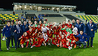 20180307 - LARNACA , CYPRUS : Spanish team pictured celebrating their win of the Cyprus Cup during a women's soccer game between Italy and Spain , on wednesday 7 March 2018 at the AEK Arena in Larnaca , Cyprus . This is the final game for the first place  for  Italy and  Spain on the Cyprus Womens Cup , a prestigious women soccer tournament as a preparation on the World Cup 2019 qualification duels. PHOTO SPORTPIX.BE | DAVID CATRY