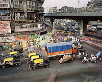 Evening traffic on Mohammed Ali Road in a Muslim quarter of the city centre. CHECK with MRM/FNA
