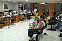 Sala de espera no Hospital do Sono. São Paulo. 2007. Foto de Juca Martins.