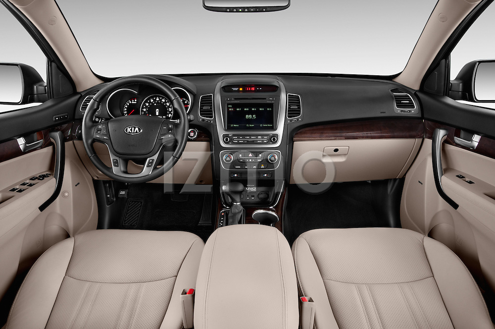 Stock photo of straight dashboard view of a 2015 KIA Sorento EX V6 AT 5 Door Suv 2WD Dashboard