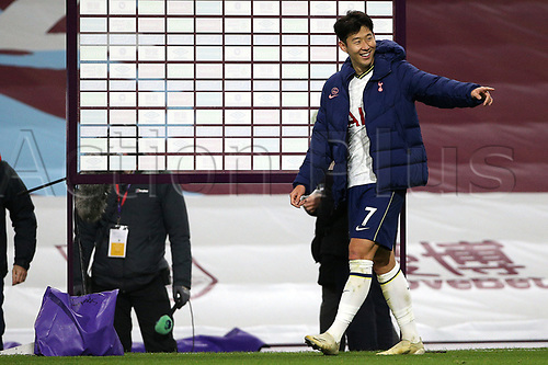 26th October 2020, Turf Moor, Burnley UK; EPL Premier League football, Burnley v Tottenham Hotspur; Tottenham Hotspur forward Son Heung-Min (7) has some fun on the sideline
