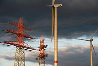 GERMANY, Hamburg, Curslack, wind farm of CC4E with Nordex N117 wind turbine / DEUTSCHLAND, Hamburg, Curslack, Nordex N117 Windkraftanlage des Windparks des CC4E Technologiezentrum der HAW