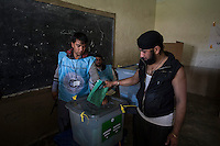 Voting gets underway in Jalalabad city, capital of Nangarhar province in Afghanistan for the presidential elections. 5-4-14 A member of the local Sikh minority votes.