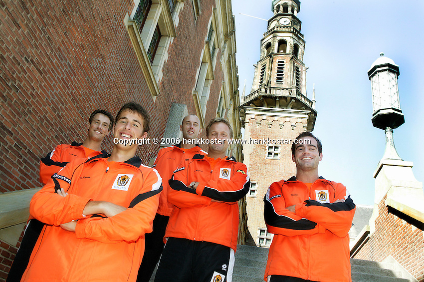 21-9-06,Leiden, Tennis,  Daviscup,draw, the Dutch team l.t.r. Rogier Wassen, Robin Haase, Peter Wessels,captian Tjerk Bogtstra and leadplayer Raemon Sluiter