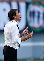 Calcio, Serie A: Roma vs Juventus. Roma, stadio Olimpico, 30 agosto 2015.<br /> Roma's coach Rudi Garcia gestures to him players during the Italian Serie A football match between Roma and Juventus at Rome's Olympic stadium, 30 August 2015.<br /> UPDATE IMAGES PRESS/Riccardo De Luca