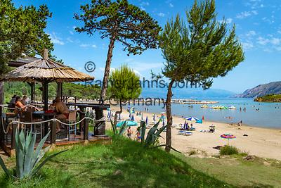 Croatia, Kvarner Gulf, Rab Island, Lopar: Paradiso Beach with Beach-Bar Bamboocho | Kroatien, Kvarner Bucht, Insel Rab, Lopar: Paradiso Beach mit Beach-Bar Bamboocho