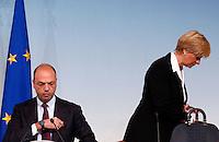 """Il Ministro dell'Interno Angelino Alfano ed il Ministro della Difesa Roberta Pinotti tengono una conferenza stampa per la presentazione dell'operazione Triton per la gestione dell'immigrazione nelle acque del Mediterraneo, in concomitanza con la chiusura della Mare Nostrum, a Palazzo Chigi, Roma, ottobre 2014.<br /> Italian Interior Minister Angelino Alfano and Defense Minister Roberta Pinotti, right, attend a press conference to present the Frontex's new Triton operation, after the conclusion of the """"Mare Nostrum"""" Mediterranean migrant rescue programme, at Chigi Palace, Rome, 31 October 2014.<br /> UPDATE IMAGES PRESS/Riccardo De Luca"""