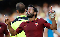 Calcio, Serie A: Napoli vs Roma. Napoli, stadio San Paolo, 15 ottobre. <br /> Roma's Mohamed Salah celebrates after scoring during the Italian Serie A football match between Napoli and Roma at Naples' San Paolo stadium, 15 October 2016. Roma won 3-1.<br /> UPDATE IMAGES PRESS/Isabella Bonotto
