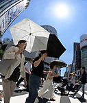 August 8, 2019, Tokyo, Japan - Mid-day temperature soars over 35 Celsius at Tokyos Ginza shopping district on Thursday, August 8, 2019. The temperatures have been stuck above 31 Celsius in and around Tokyo for two weeks now. (Photo by Natsuki Sakai/AFLO) AYF -mis-