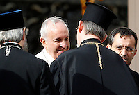 Papa Francesco saluta alcuni religiosi al termine dell'udienza generale del mercoledi' in Piazza San Pietro, Citta' del Vaticano, 5 novembre 2014.<br /> Pope Francis leaves at the end of his weekly general audience in St. Peter's Square at the Vatican, 5 November 2014.<br /> UPDATE IMAGES PRESS/Riccardo De Luca<br /> <br /> STRICTLY ONLY FOR EDITORIAL USE