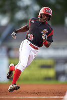 Batavia Muckdogs center fielder Isaiah White (18) running the bases during a game against the Staten Island Yankees on August 27, 2016 at Dwyer Stadium in Batavia, New York.  Staten Island defeated Batavia 13-10 in eleven innings. (Mike Janes/Four Seam Images)