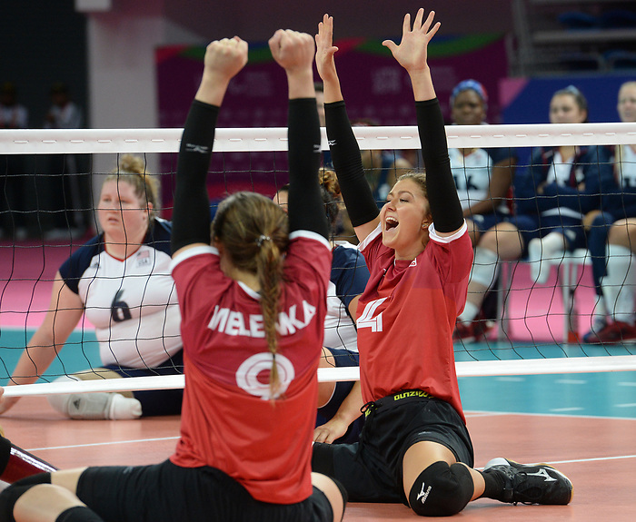 Jennifer Oakes and Sarah Melenka, Lima 2019 - Sitting Volleyball // Volleyball assis.<br /> Canada competes in women's Sitting Volleyball // Canada participe au volleyball assis féminin. 26/08/2019.