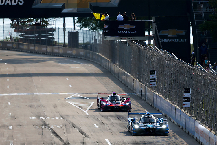 #10 Konica Minolta Acura ARX-05 Acura DPi, DPi: Filipe Albuquerque, Ricky Taylor<br /> #60: Meyer Shank Racing w/Curb-Agajanian Acura DPi, DPi: Olivier Pla, Dane Cameron