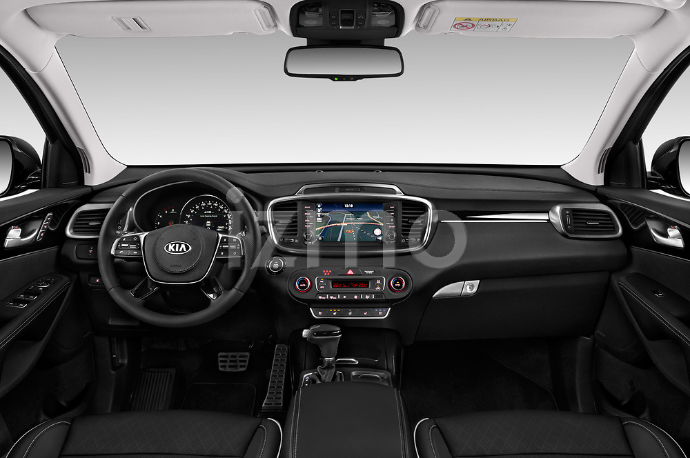 Stock photo of straight dashboard view of a 2018 KIA Sorento GT Line 5 Door SUV