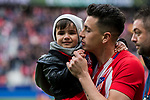Jose Maria Gimenez de Vargas of Atletico de Madrid with his son prior to the La Liga 2017-18 match between Atletico de Madrid and Girona FC at Wanda Metropolitano on 20 January 2018 in Madrid, Spain. Photo by Diego Gonzalez / Power Sport Images