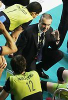 Roberto Serniotti, allenatore della MRoma durante il time out.<br /> MRoma Volley vs Itas Diatec Trentino 0-3<br /> Play Off Semifinali gara 2 del Campionato Pallavolo Serie A<br /> Roma, 23 Aprile 2008<br /> Photo Antonietta Baldassarre Insidefoto