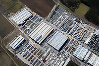 Butting: EUROPA, DEUTSCHLAND, NIEDERSACHSEN, KNESEBEcK(EUROPE, GERMANY), 06.04.2018: Im niedersächsischen Knesebeck / Kreis Gifhorn befindet sich die  Firma BUTTING.<br /> Das Werksgelände ist  490 000 m², jährlich werden mehr als 80 000 t nicht rostende Stähle und plattierte Stähle verarbeitet.<br /> <br /> Heute ist BUTTING einer der größten Arbeitgeber in der Region. Mehr als 1 300 Mitarbeiter sind im Knesebecker Werk tätig.<br /> Der Schwerpunkt der Tätigkeiten in Knesebeck liegt in der Fertigung längsnahtgeschweißter Rohre aus Band und Blech, der Weiterverarbeitung zu einbaufertigen Rohrkomponenten im Rahmen umfassender Vorfertigungskapazitäten und in der Rohrtechnik.