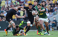 25th September 2021; Townsville, Gold Coast, Australia;  Ardie Savea breaks tackles. All Blacks versus Springboks. The Rugby Championship. 100th Rugby Union test match between New Zealand and South Africa.