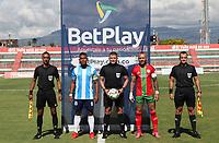 TULUA - COLOMBIA, 01-09-2021: Cortuluá y Real Santander en partido por la fecha 1 como parte del Torneo BetPlay DIMAYOR II 2021 jugado en el estadio Doce de Octubre de la ciudad de Tuluá. / Cortulua and Real Santander in the match for the date 1 as part of BetPlay DIMAYOR Tournament II 2021 played at Doce de Octubre stadium in Tulua city. Photo: VizzorImage / Samir Rojas / Cont