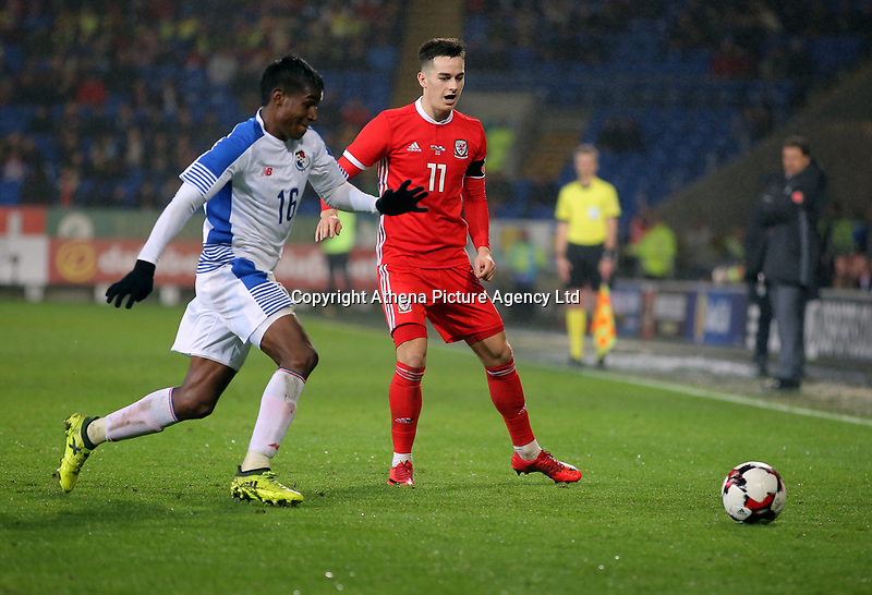 (L-R) Leslie Heraldez of Panama against Tom Lawrence of Wales during the international friendly soccer match between Wales and Panama at Cardiff City Stadium, Cardiff, Wales, UK. Tuesday 14 November 2017.