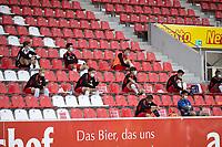 16 05 2020, Football, GER, Season, 2019 2020, 2 Bundesliga, 26 Matchday, <br /> SSV Jahn Regensburg - Holstein Kiel <br /> The substitutes of SSV Jahn Regensburg on the stands <br /> I giocatori del SSV Jahn Regensburg in panchina