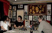 Imelda Marcos, interview with journalist and photographer Gunther Deichmann